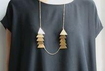 Dream jewelry box / Bijoux / colliers / bracelets / boucles d'oreilles Jewels / necklaces / bangles / earrings