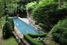 Piscine | Pool / De l'eau et des piscines dont certaines à couper le souffle... Plouf !