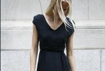 Secret Wardrobe / by Bonnie Rozorio