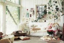 Home - Bohemian Decor / Inspiring gypsy, bohemian and casual homes, rooms and decor.