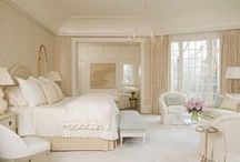 Lovely Bedroom Decor / by Rose Petals