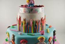 cakes / by Eulalia Barroca