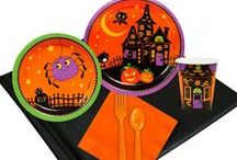 Trick or Treat Halloween Party Ideas / Trick or Treat? Tell a story of trick-or-treaters on a starry night, accompanied by friendly pumpkins and spiders. With just the right amount of stylized spook, these pieces evoke a fun Halloween atmosphere that will delight guests of all ages!