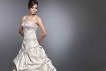 One Day...Wedding Ideas / by Angela Folk
