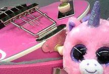 Hofner Guitars and Stringed Instruments