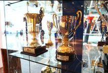 Anadolu Efes Spor Kulübü'nün tarihi  Marmara Forum'da Basketbolseverlerle Buluştu. / Kurulduğu 1976 yılından bu yana Türk basketbol tarihinde önemli zaferlere imza atmış Anadolu Efes Spor Kulübü'nün tarihi Marmara Forum'da canlandı.