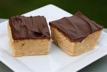 Chocolate BAR COOKIES / Easy layered chocolate bar cookies.