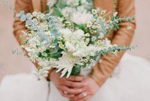 Wedding Flowers / by Stephanie Nicheporuck