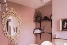Sfeer 4 Vrouwelijk | Feminin / Ronde vormen | Bloemen | Zachte kleuren | Zachte stoffen   | Zoet / by Kristyle Interior Design