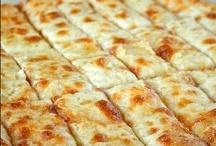 Amazing Savory Breads & Crackers / by Jenn Huizenga