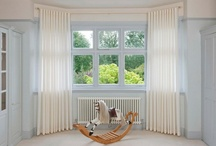 Bay Windows / Bay windows not only give extra floor space but also their size makes them an important decorative feature of the room.