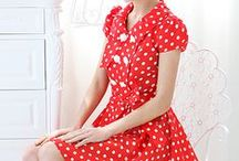 Polka Dots / All things dotted and spotted. You'll find plenty of polka dot fashion inspiration here.