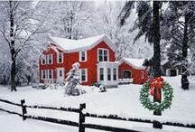 Christmas Decorations Exteriors / A board full of Christmas decoration inspiration for outdoors.