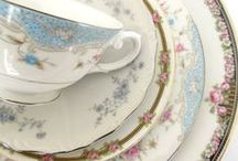 China & table settings ✿~ Colette's Cottage / love all china - especially blue! ✿~ Colette's Cottage