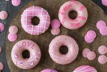 Valentines Day / Valentine's Day crafts, food and printables