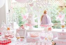 Frozen & Pink Princess Party / Ideas for her party / by Katharina Graf
