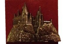Potter Swag / The most awesome Harry Potter merchandise from the Wizarding World of Harry Potter and beyond!