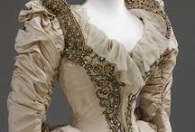 Haute History / frilly frocks, captivating coats, and other period pieces of perfection