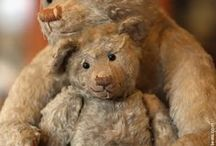 Adorable Teddy Bears / by Star Schell