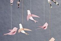 DIY : Origami / Découvrez ici l'art ancestral de l'origami !    Retrouvez tous nos rayons sur www.perlesandco.com : - Papier Origami - Swarovski Eléments - Perles de Rocailles - Modelage - Perles & Composants - Fils, chaînes & Rubans - Mercerie & Customisation - Accessoires & Outils - Librairie