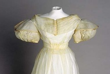 1826-1839: When even sleeves needed underthings