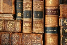 Les Livres En Francais / by Caroline Van Slyke