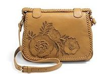 Handbags / by Yvonne Condes