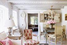 Farmhouse / Millenials love this farmhouse and rustic look!