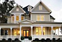 Home Exteriors / by Jenny Dickerson