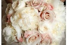 Wedding Flowers & Bouquets / Stunning Wedding Bouquets, Beautiful Flowers & Floral Ideas