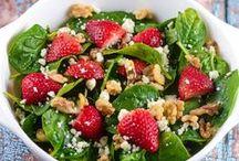 Salads to Try / Salads that I want to try | Blogger & SAHM to 3 little girls under 6 | @jayjawkmommy | Web: jayhawkmommy.com