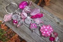 BEADING - BAG CHARMS / KEY RINGS / by Janice Daniell