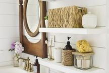 How to Organize Your Home / Tips for keeping you home, office and family organized. Organizing tips and tricks.
