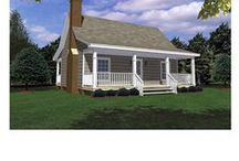 TINY HOUSES / by Janice Daniell