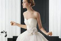 Custom Wedding Dresses - Darius USA / We are a USA based dress design firm who specializes in all types of custom wedding dresses at an affordable cost to brides of all shapes & sizes. Inexpensive recreations &  replicas of haute couture bridal gowns are also available!  You can see more options at www.DariusCordell.com  EMAIL: pinterest@dariuscordell.com