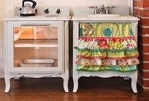 DIY Projects, Crafts, and Makeovers / All about Up-cycling, recycling, reuses and re-purposes. Crafts for your home, or to do just for fun and any DIY projects that look great to try (or have someone else try!). They are all in here / by Dawn Wooten-Santos