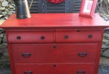 refinishing furniture / by Jenni Taysom