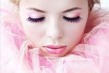 Beautiful Make-up / by Elizabeth Kemp-Pherson