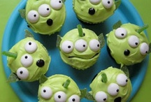 decorate those desserts / making dessert as cute as it is yummy!