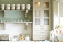 Kitchens / by Amanda Stuckey