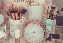 Vanity & Wardrobe