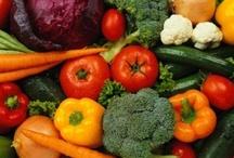 Clean Eating - Raw Food / by Cheryl Jasman