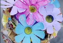 SPRING FUN / Flowers, bugs, birds, gardening… all kinds of spring crafts and activities for kids.  / by Happy Hooligans