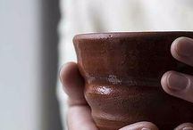 UDUMBARA wildclay Pottery /  UDUMBARA (est.1994) pottery products are made in Kallio, Helsinki, from genuine local clay from the Kultela Brickworks. The material gives the products a wonderfully rich earthy character. When you get UDUMBARA, you don't just get handmade pottery, you get a piece of Finland too. #ヘルシンキ   #茶道 #茶の湯  #PDW16