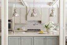 Kitchen / by Zoe Sanchez