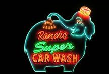 Googie Style / Collection of Googie Signs and Images