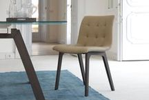 Manon - Chairs
