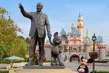I'm a Disney Dork / by Barbara Bunda