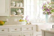 Kitchen Inspiration / country and cottage style kitchens