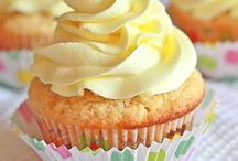 cupcakes / by Pamy Delgra